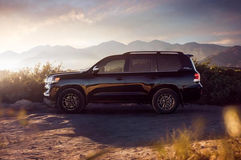 2019 Toyota Land Cruiser Heritage Edition Exterior - image 817547