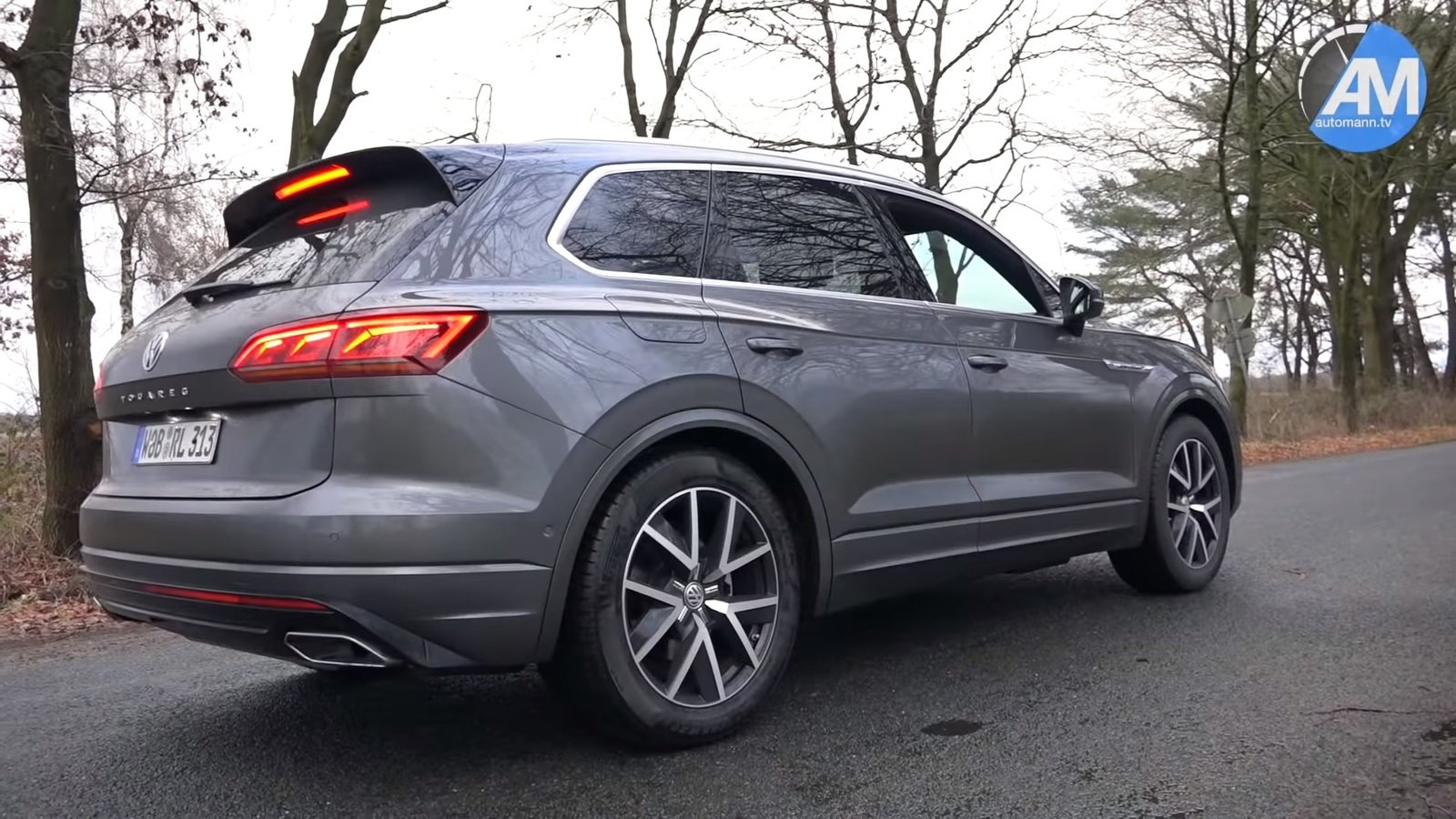 Watch Someone Put The 2019 Volkswagen Touareg R-Line ...