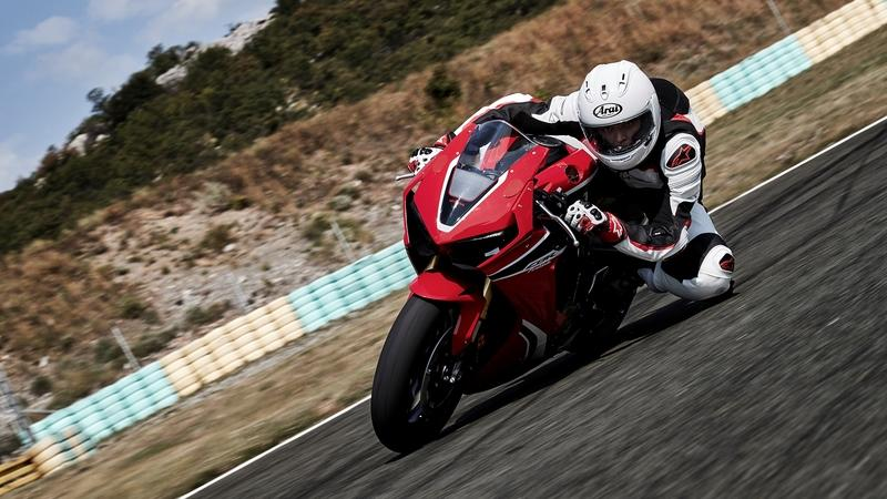 Honda Cbr Reviews Specs Prices Photos And Videos Top Speed