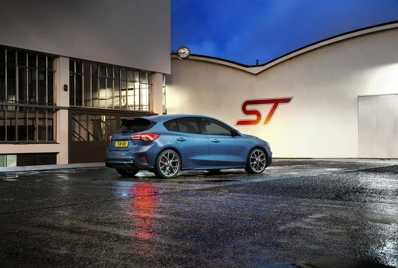 Wallpaper of the Day: 2019 Ford Focus ST