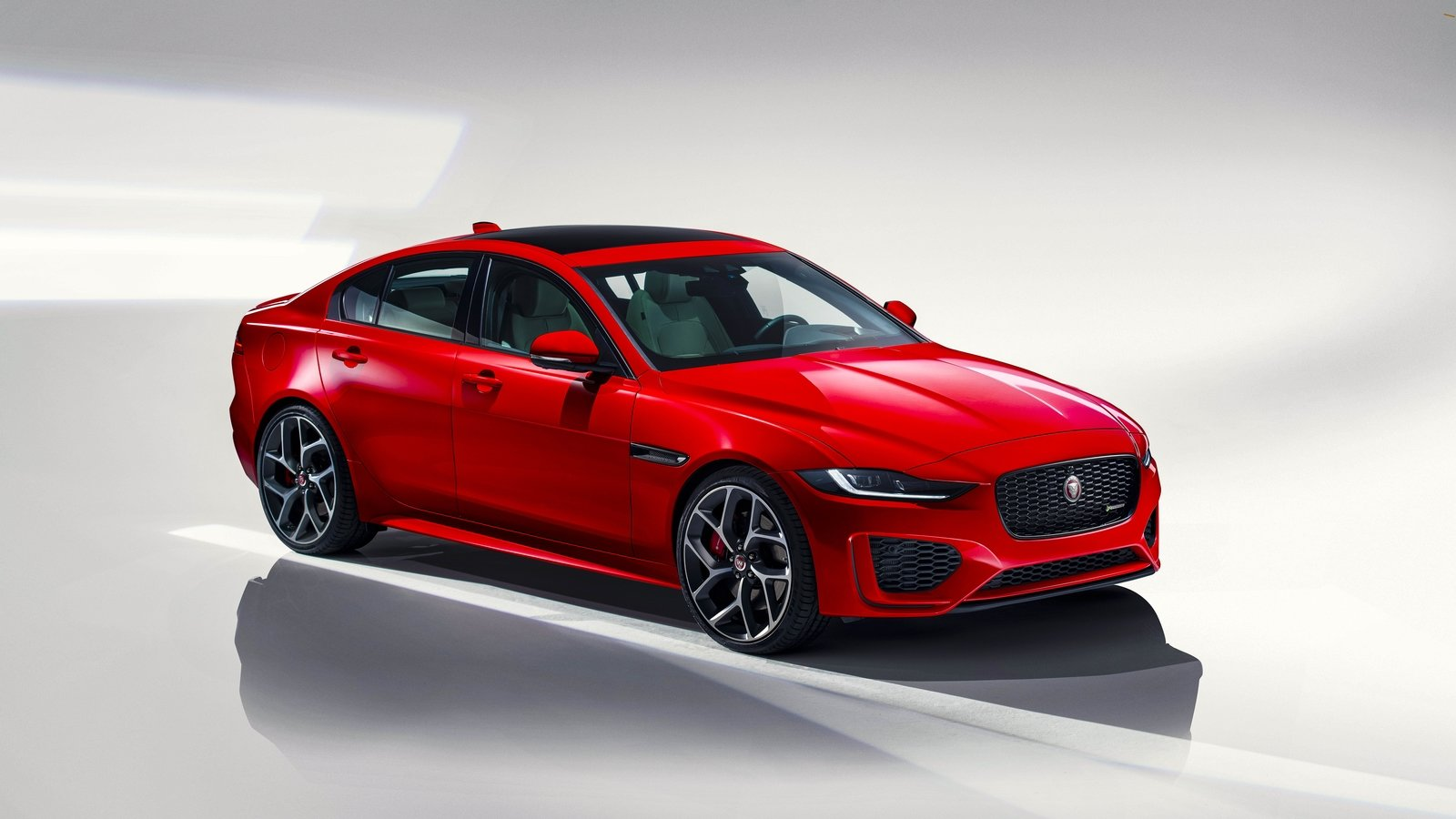 2020 Jaguar Xe Sedan Redesign
