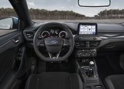 2019 Ford Focus ST - image 823438