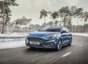 Ford Actually Believes That the Focus ST Is Better Than the Volkswagen Golf GTI - image 823441