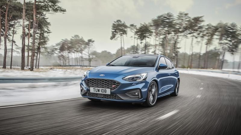 Ford Actually Believes That the Focus ST Is Better Than the Volkswagen Golf GTI Exterior - image 823441