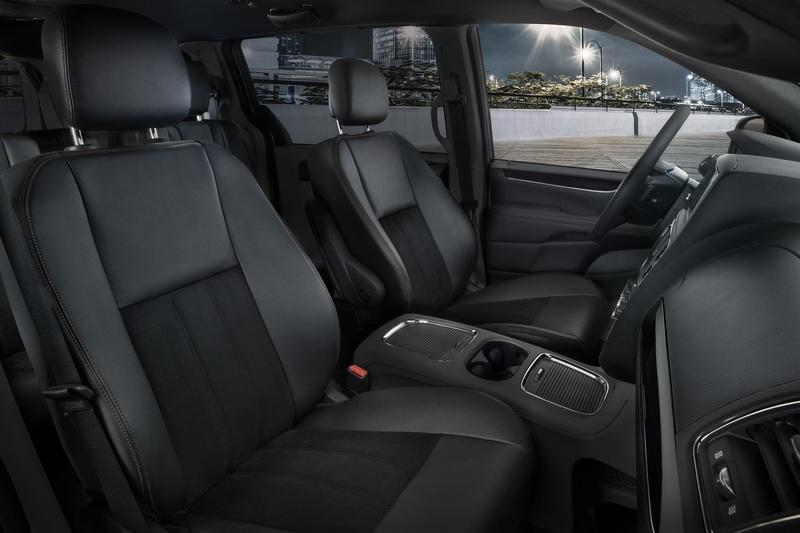2019 Dodge Grand Caravan and Chrysler Pacifica 35th Anniversary Edition