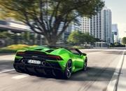 Lamborghini Won't Offer the Aventador or Huracan With a Manual Transmission Because It's Too Expensive - image 826103