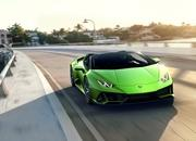 Lamborghini Won't Offer the Aventador or Huracan With a Manual Transmission Because It's Too Expensive - image 826105