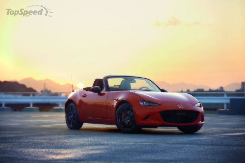 The Mazda MX-5 Celebrates its 30th Birthday at Chicago Auto Show with a Limited Edition model