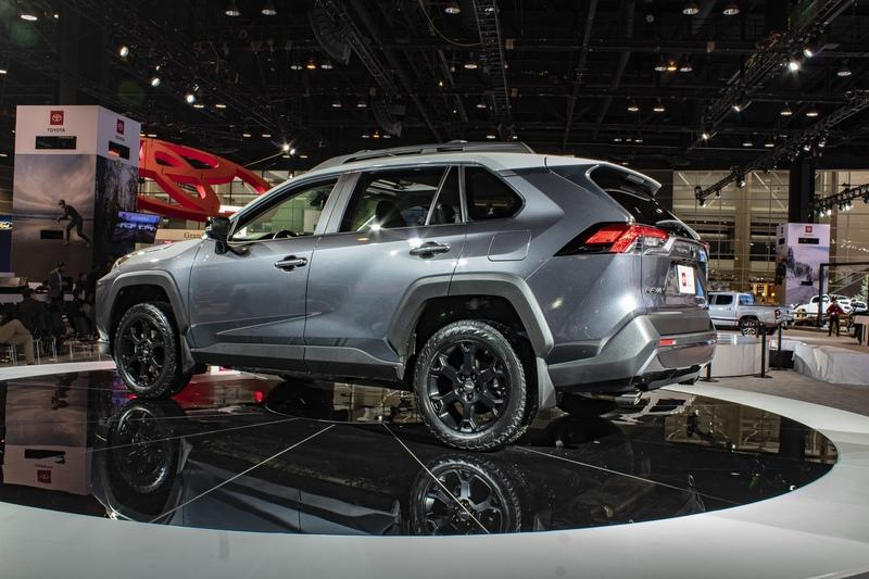 The 2020 Toyota RAV4 TRD Off-Road is the Epitome of the Modern Compact Crossover - image 821767