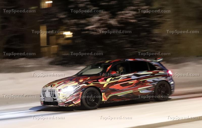 The Geneva-Bound 2020 Mercedes-AMG A45 Could Eclipse 400 Horsepower Exterior Spyshots - image 824904