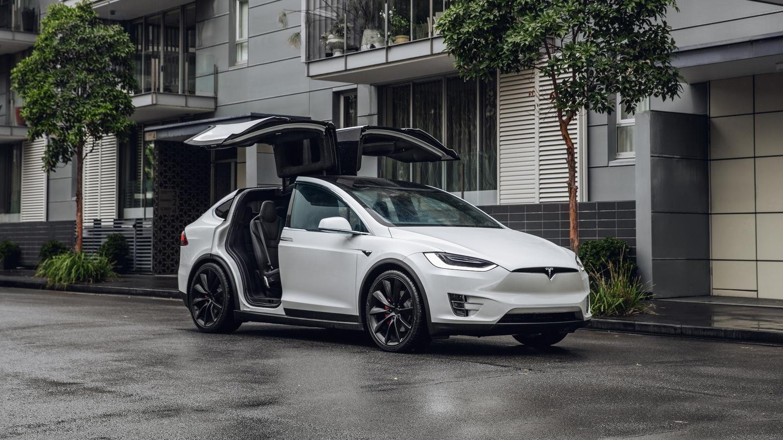 Tesla Model X: Latest News, Reviews, Specifications ...