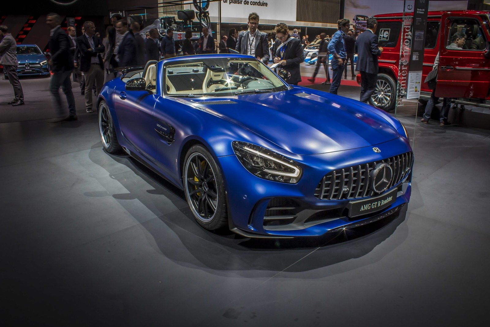 2019 Mercedes-AMG GT R Roadster Pictures, Photos ...