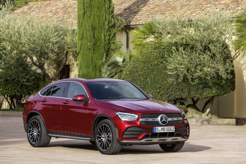2020 Mercedes-Benz GLC Coupe Unveiled - image 831282