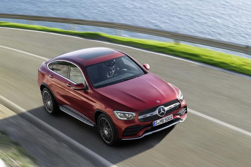 2020 Mercedes-Benz GLC Coupe Unveiled - image 831290
