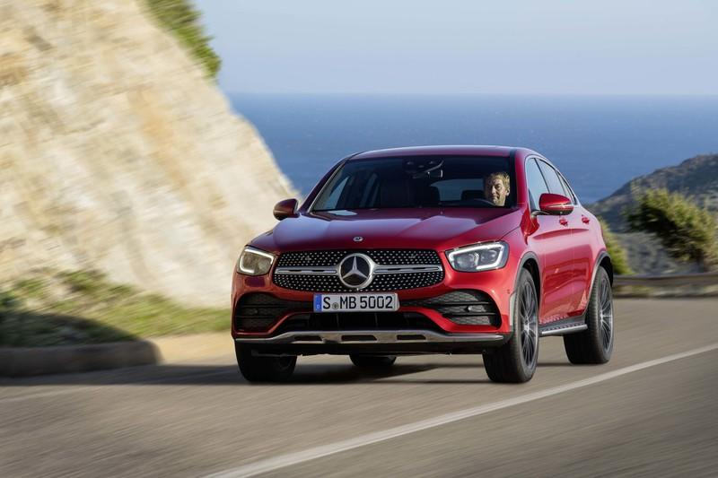 2020 Mercedes-Benz GLC Coupe Unveiled - image 831292