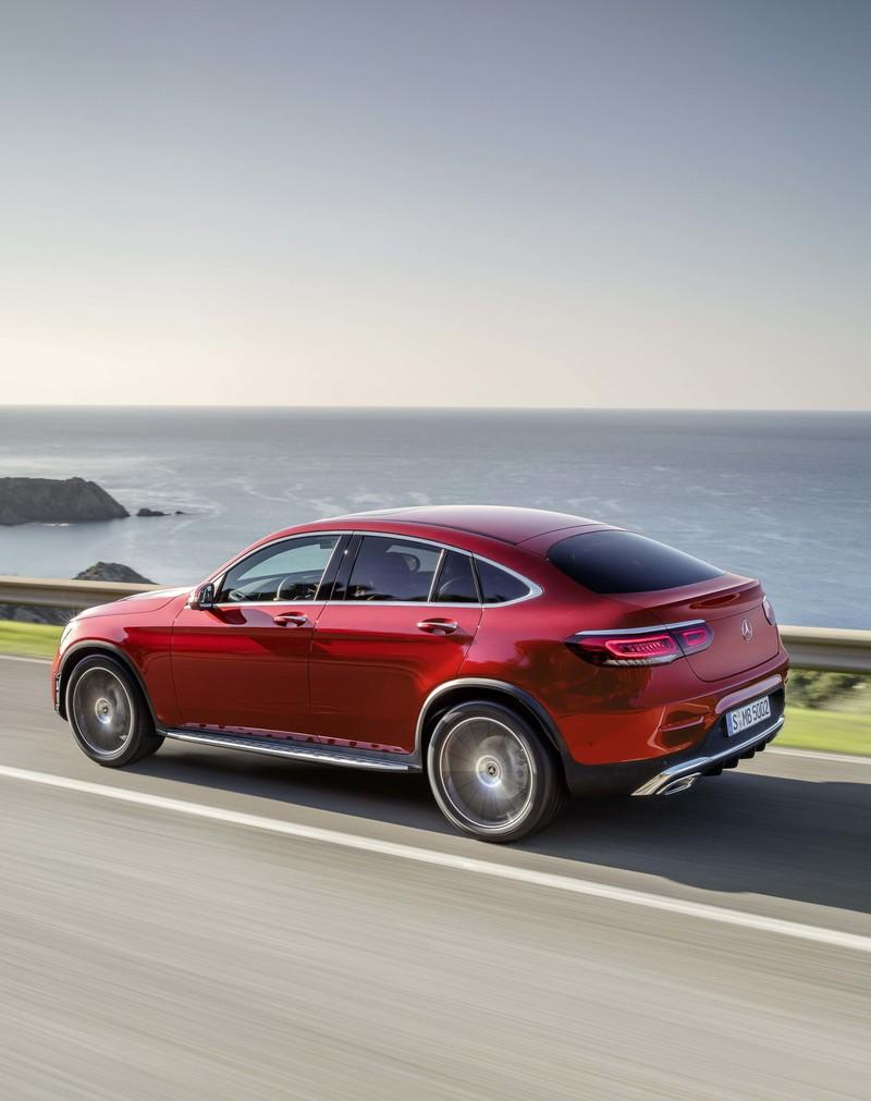 2020 Mercedes-Benz GLC Coupe Unveiled - image 831297