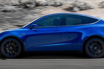 Is The 2020 Tesla Model Y Just A Model 3 Hatchback? | Top Speed
