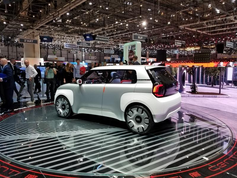 2019 Fiat Concept Centoventi Points to the Automaker's Future While Celebrating its Past