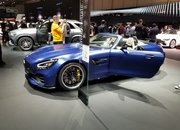 Mercedes-AMG GT-R Roadster Has the Makings of a Future Collectible - image 828198