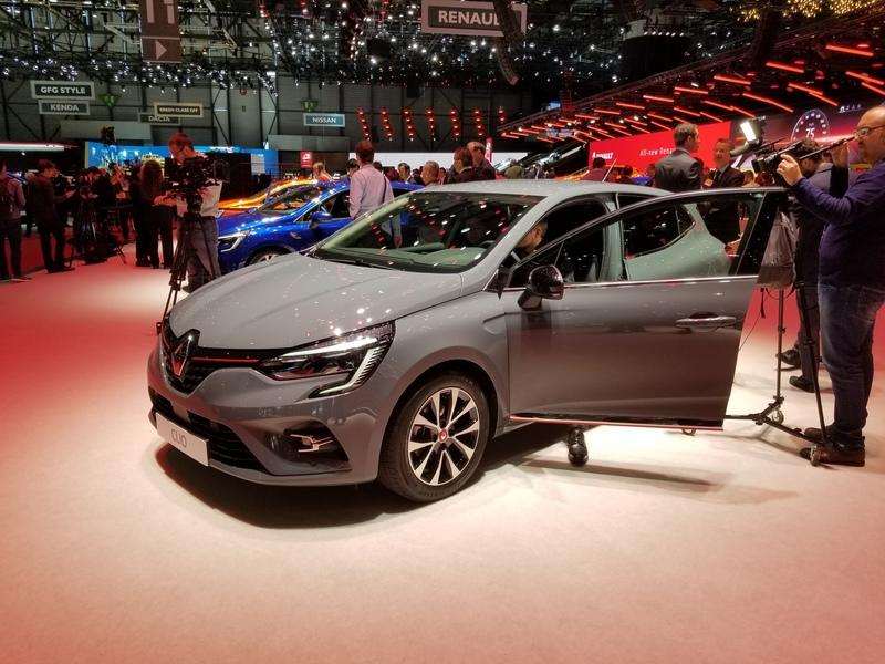 2020 Renault Clio brings evolutionary design, hybrid powertrain promise to Geneva