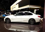 2019 BMW 330e PHEV arrives in Geneva to Ween Europe off Diesel Cars - image 828307