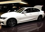 2019 BMW 330e PHEV arrives in Geneva to Ween Europe off Diesel Cars - image 828306
