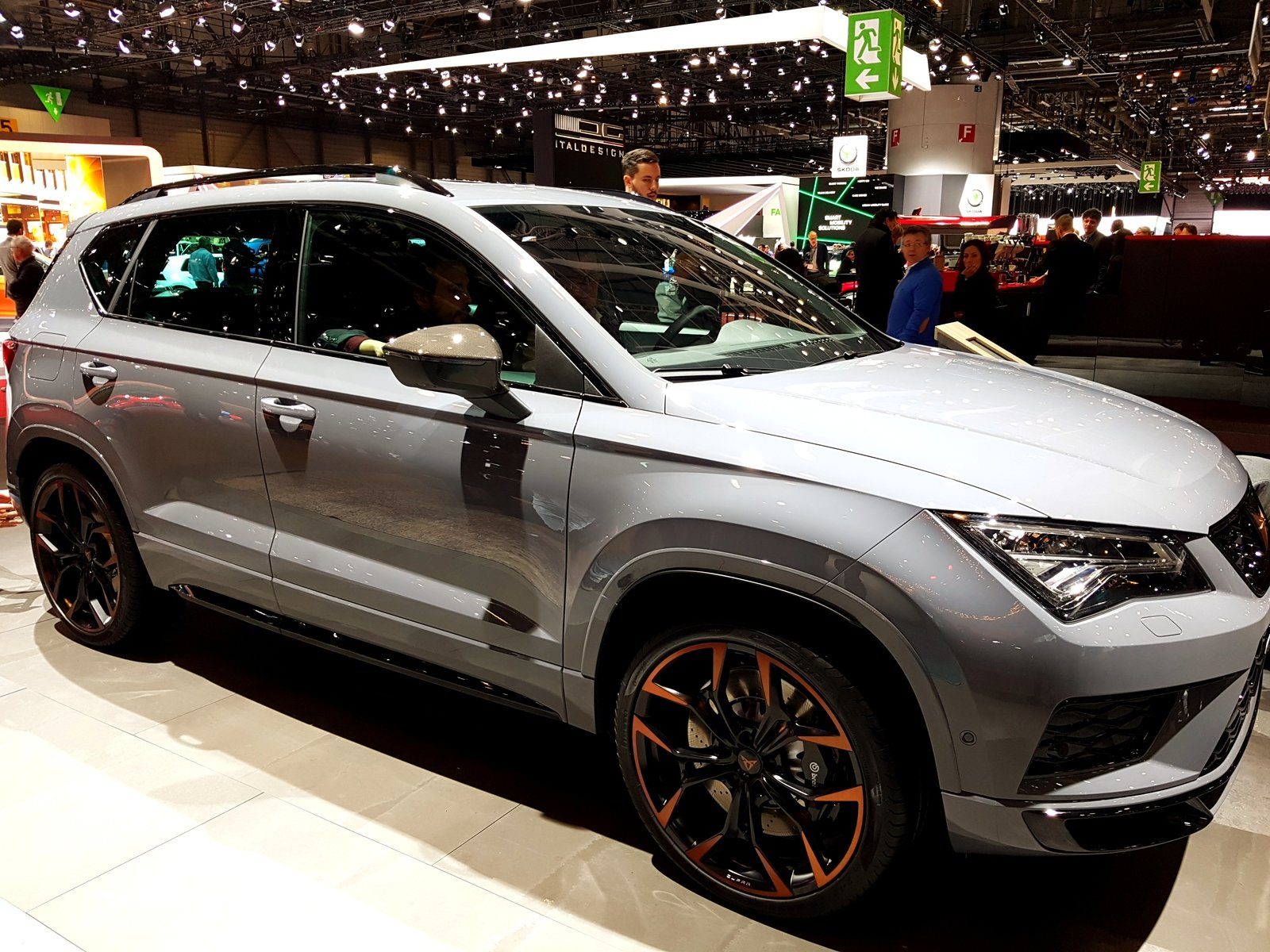 Fox Ford Lincoln >> 2019 Cupra Ateca Special Edition Pictures, Photos ...