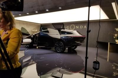 Lagonda All-Terrain Concept Is a Luxury SUV That Is Suitable To Become Your Home As Well As Your Workplace