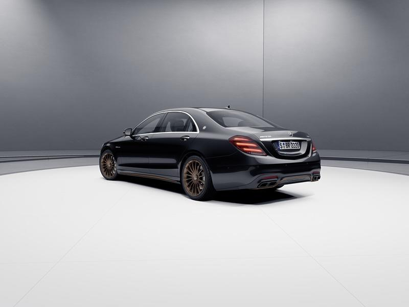 2019 Mercedes-AMG S65 Final Edition Exterior - image 826912