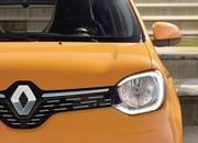 2019 Renault Twingo shows up with new face and engine in Geneva - image 827298