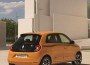 2019 Renault Twingo shows up with new face and engine in Geneva - image 827301
