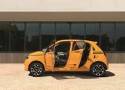 2019 Renault Twingo shows up with new face and engine in Geneva - image 827302