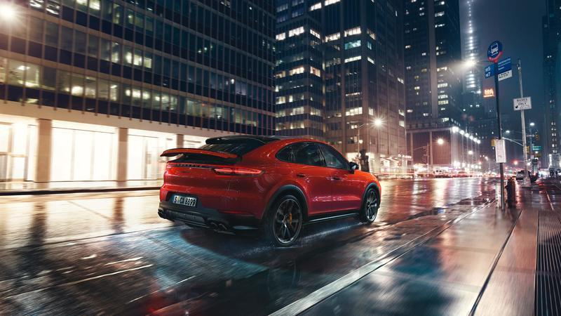 2020 Porsche Cayenne Coupe Quirks and Features