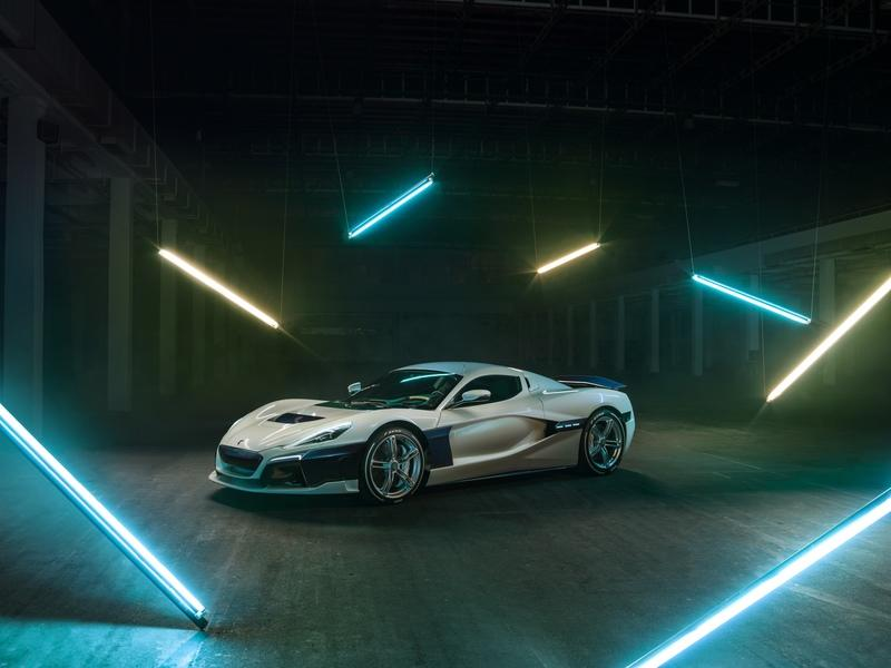 The Rimac C Two Shows Off New Livery at the 2019 Geneva Motor Show - image 827036