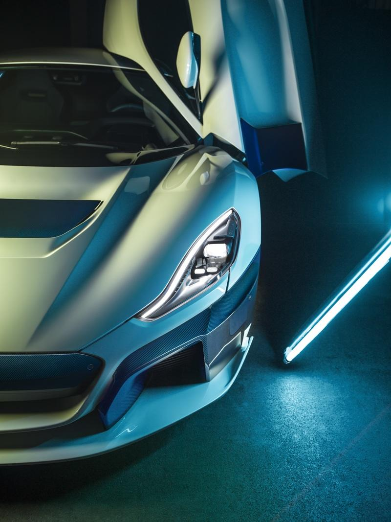 The Rimac C Two Shows Off New Livery at the 2019 Geneva Motor Show - image 827037