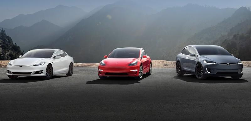 Tesla Postponed Price Hikes Because of Overwhelming Number of Last Minute Orders