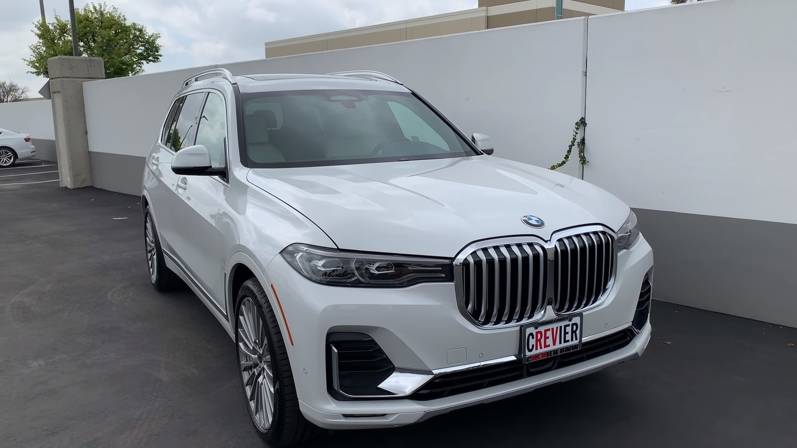 Video Reviews Is The 2019 Bmw X7 The New Large Luxury Suv King Pictures Photos Wallpapers And Video Top Speed