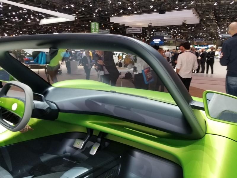 2019 VW ID Buggy Concept wants to take electric cars to the beach, but not with a VW badge