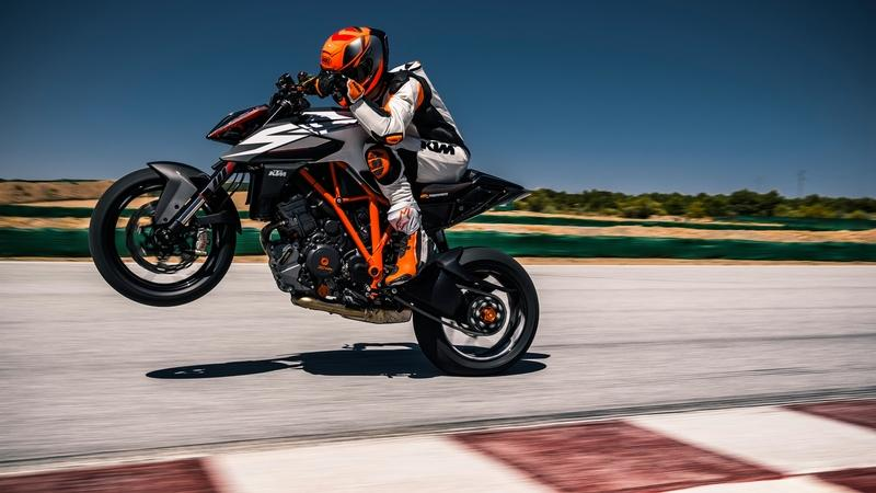2019 KTM 1290 Super Duke R - image 834996