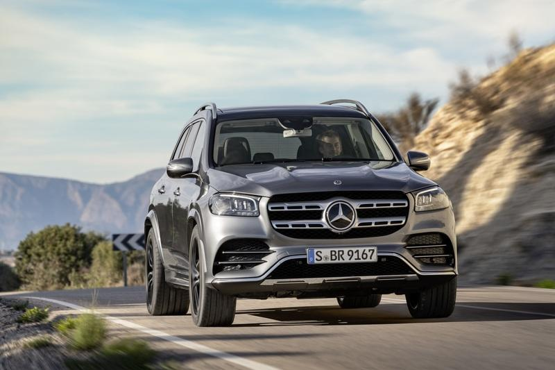 The 2020 Mercedes GLS Arrives With a Twin-Turbo V-8 and Seating for Seven - image 836106