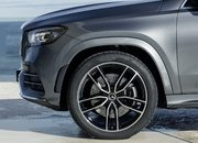 The 2020 Mercedes GLS Arrives With a Twin-Turbo V-8 and Seating for Seven - image 836114