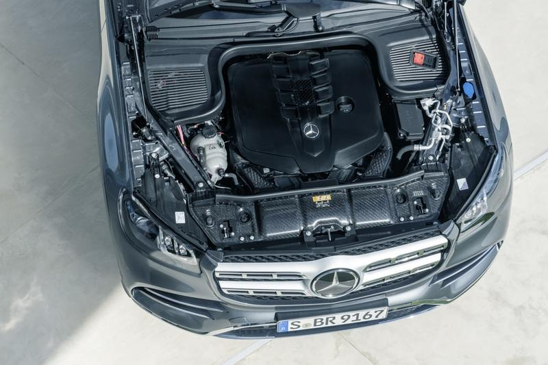 The 2020 Mercedes GLS Arrives With a Twin-Turbo V-8 and Seating for Seven - image 836119