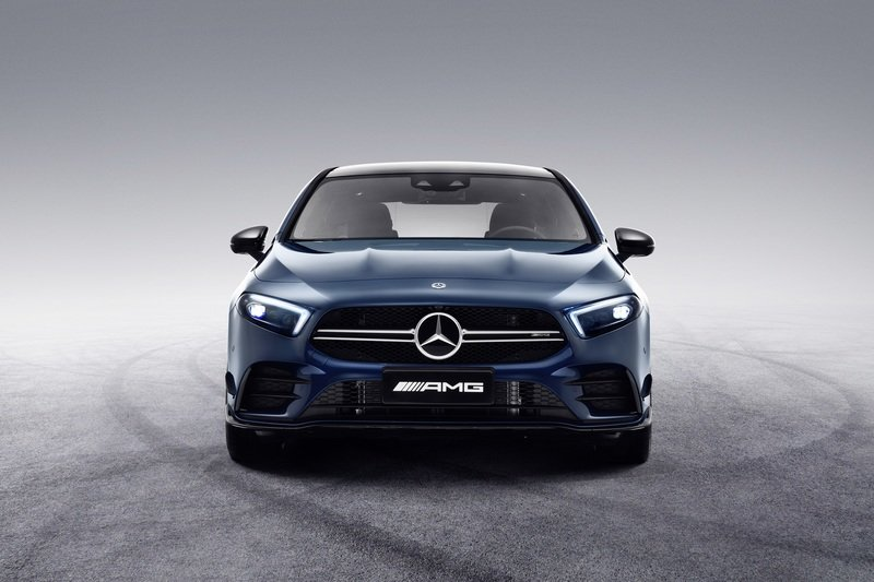 Mercedes Showcases the 2020 AMG A35 L in Shanghai Because China Loves Long Compacts