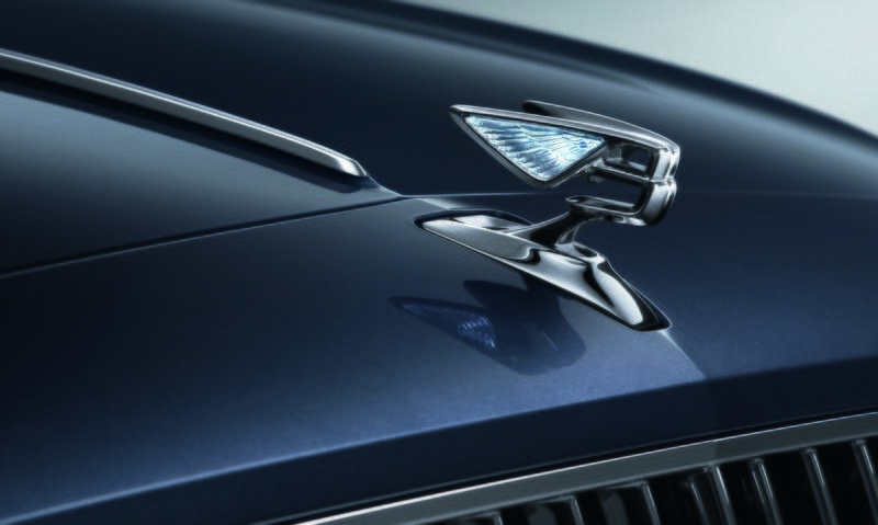 Bentley Just Teased the New Flying Spur and We're Beyond Intrigued - image 834517