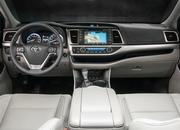 Here's Your First Teaser for the All-New 2020 Toyota Highlander - image 835186
