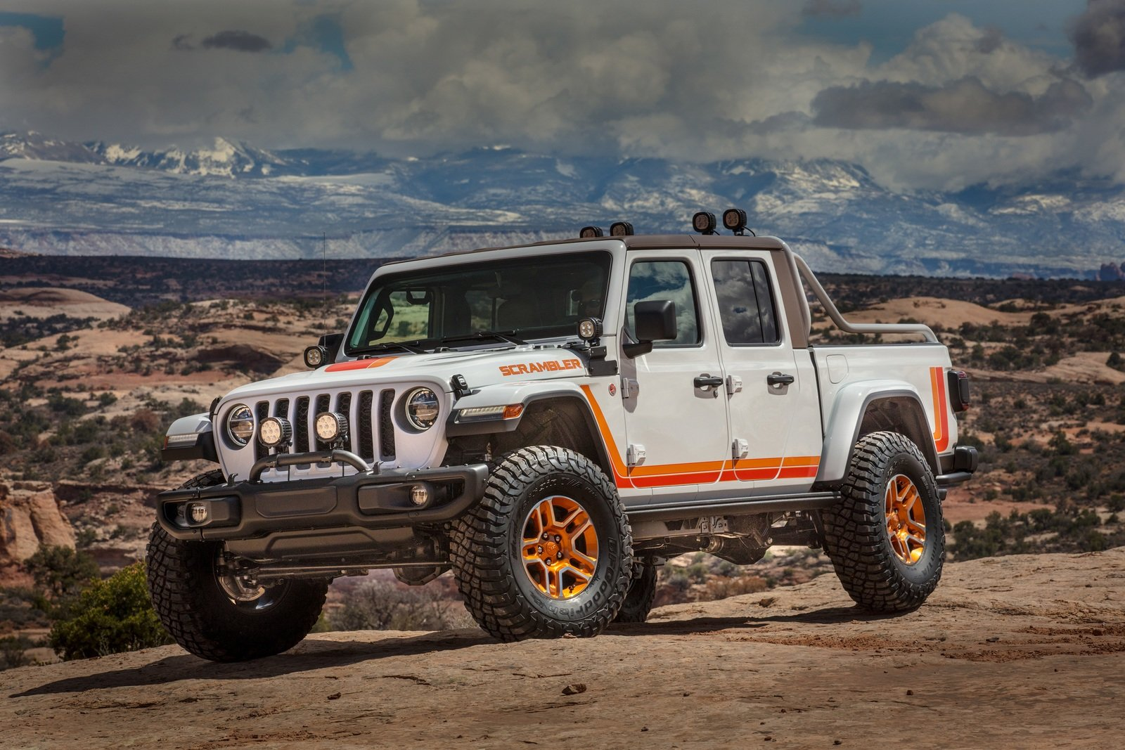 2019 jeep gladiator jt scrambler concept pictures  photos  wallpapers and video