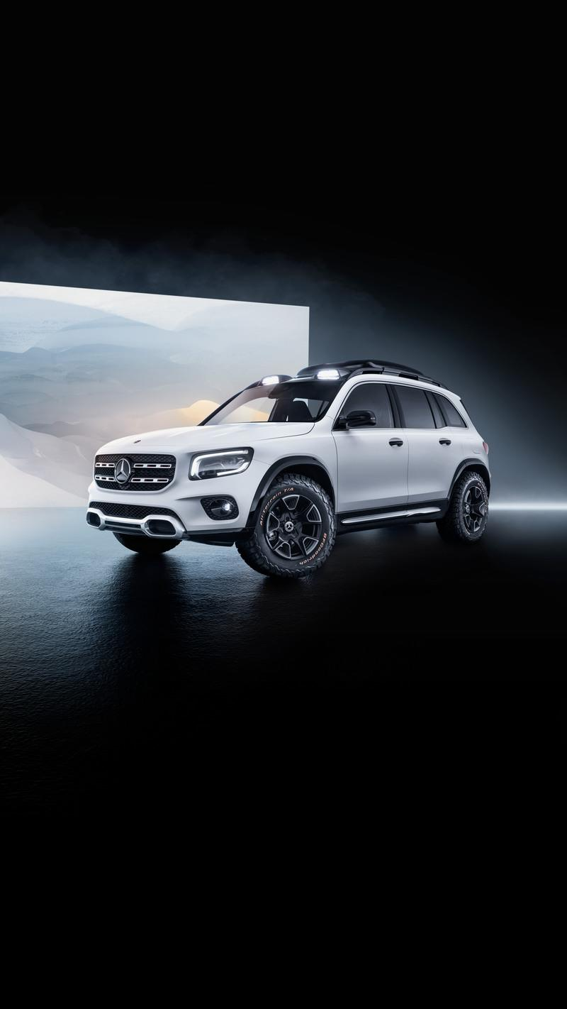 The 2019 Mercedes GLB Concept a New Boxy, Compact SUV - image 835208