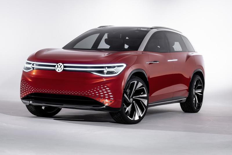 The Volkswagen I.D. Roomzz Concept Debuts with a Sleek Interior, Lots of Range