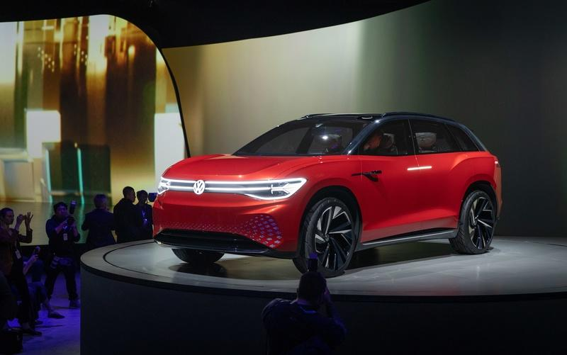 The Volkswagen I.D. Roomzz Concept Debuts with a Sleek Interior, Lots of Range - image 835091