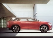 The Volkswagen I.D. Roomzz Concept Debuts with a Sleek Interior, Lots of Range - image 835045